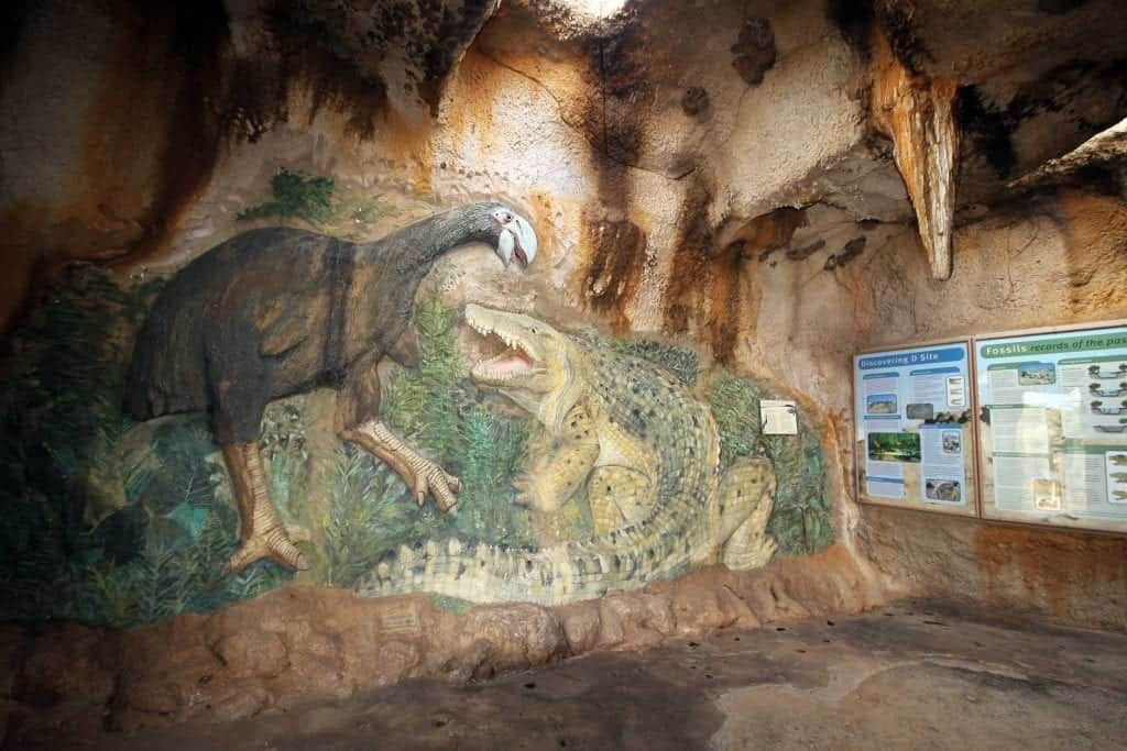 Wall mural of ancient creatures in the Riversleigh Fossil Centre