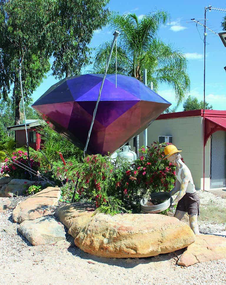 The gigantic Gemstone at Anakie Caravan Park
