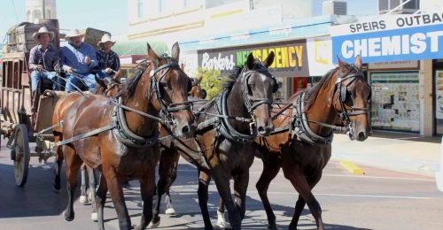 longreach-pioneer-stagecoach-ride
